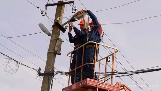Реконструкция сети наружного освещения проходит в Марьино