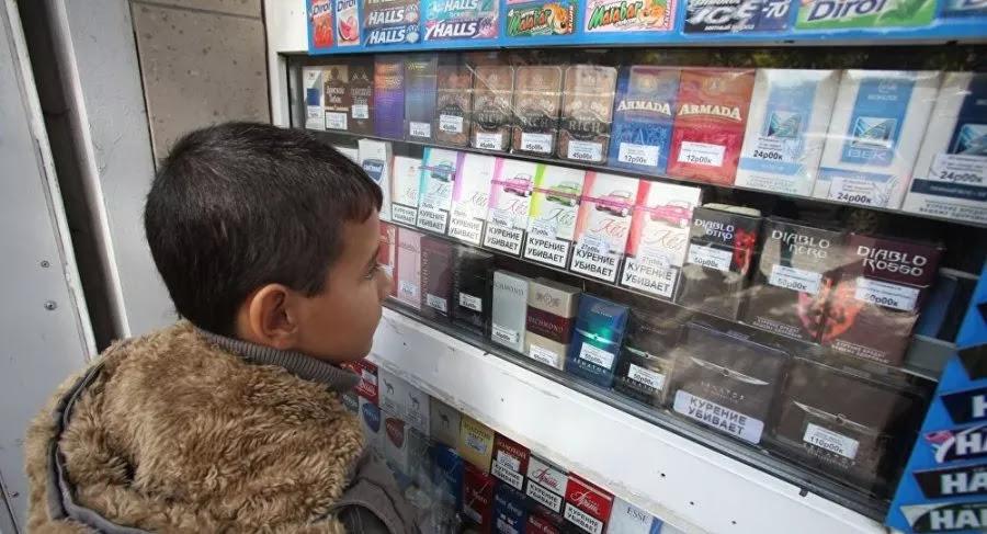 Минздрав поддержал предложение в 10 раз увеличить штраф за продажу табака детям