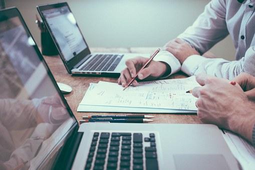Жители района Марьино смогут оперативно получить информацию о состоянии индивидуального лицевого счета в системе пенсионного страхования