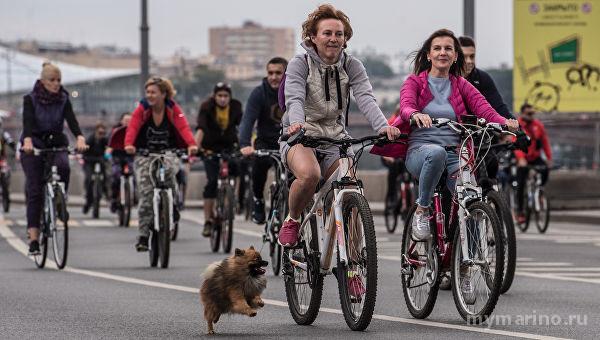 Семейный велопарад в честь Дня Победы прошёл в районе Марьино